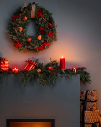 janiszewska-marta-blog-rudachata-wnętrza-home staging-nieruchomości-suwałki-świąteczne propzycje wnętrzarskich sieciówek-hm home-wieniec bożo narodzeniowy-dekoracja kominka