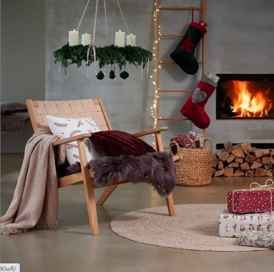 janiszewska-marta-blog-rudachata-wnętrza-home staging-nieruchomości-suwałki-świąteczne propzycje wnętrzarskich sieciówek-jysk-dekoracja kominka wsalonie