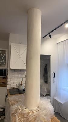 janiszewska marta-blog-jaminska.pl-kupno domu zrynku wtórnego-rura naśrodku pokoju-remont wkamienicy