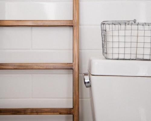 ruda chata-blog-poprawki deweloperskie-instalacja kanalizacyjna-wc-drabina ozdobna