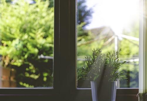 ruda chata-blog-domowe nawyki-światło dzienne-jasne pomieszczenie