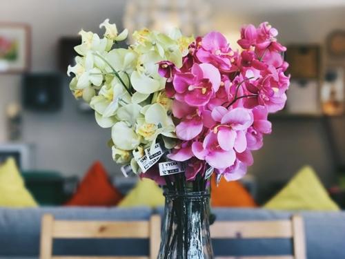 ruda chata-blog-bardziej eko-plastikowe kwiaty-ozdoby zplastiku