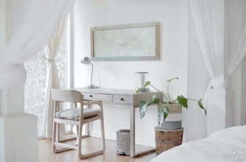 ruda chata-blog-jakość powietrza w domu-rośliny w domu-jasny pokój-wietrzenie-biurko-domowe biuro