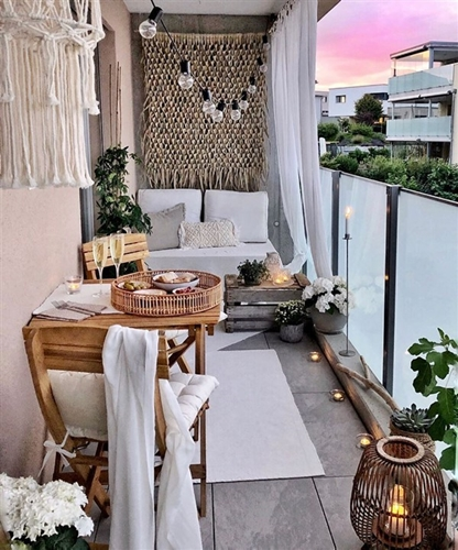 ruda chata-blog-jak stworzyc piekny balkon-maly balkon-kwiaty balkonowe
