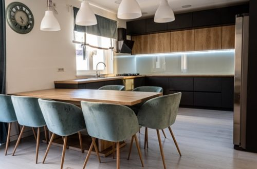 ruda chata- blog-jak tanim kosztem odmienić kuchnię-czarno drewniana kuchnia-loft-industrialna kuchnia
